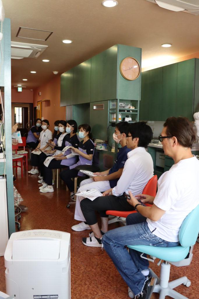 医療法人福涛会 平澤歯科医院 勉強会の様子