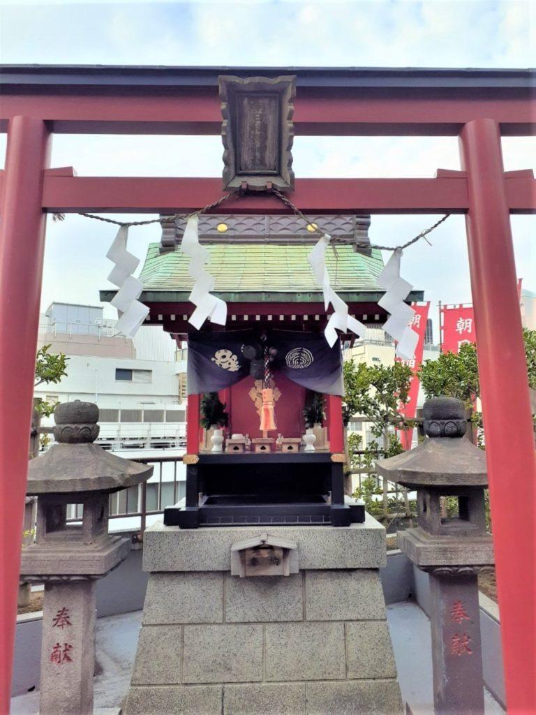 朝日稲荷神社屋上本殿