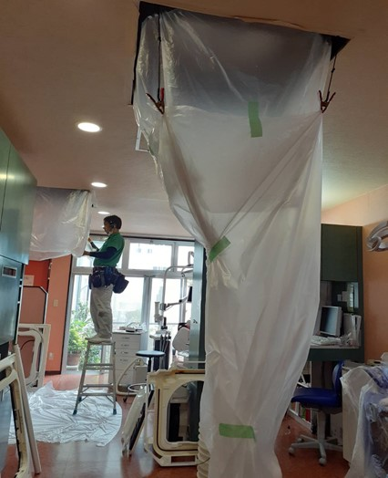 医療法人福涛会 平澤歯科医院 診療室の洗浄中エアコン